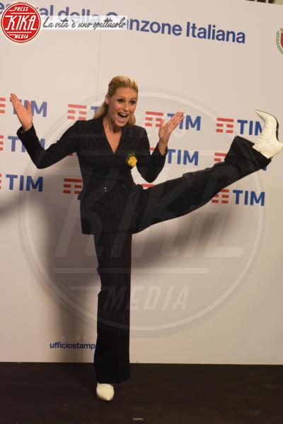 Michelle Hunziker - Sanremo - 07-02-2018 - Sanremo 2018, la decisione sulla squalifica di Meta e Moro