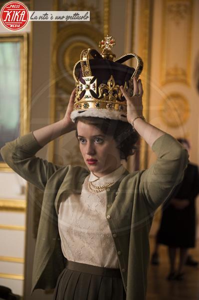 The Crown, Claire Foy - 15-03-2018 - Olivia Colman nei panni della Regina,le prime immagini ufficiali