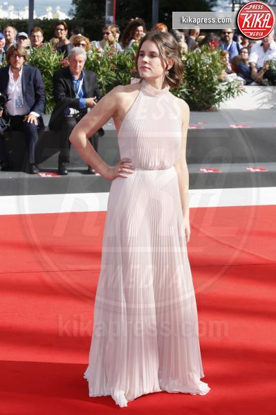 Sosie Bacon - Venezia - 02-09-2018 - Venezia 75: Alba Rohrwacher fuori di seno sul red carpet