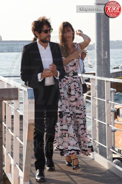 Alma Jodorowsky - Venezia - 05-09-2018 - Venezia 75: Tilda Swinton-Sandro Kopp, arrivo di coppia al Lido