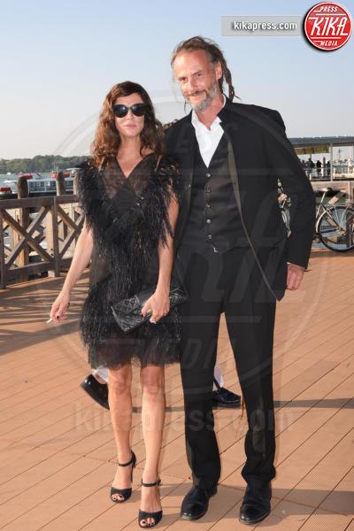 marito, Anna Mouglalis - Venezia - 05-09-2018 - Venezia 75: Tilda Swinton-Sandro Kopp, arrivo di coppia al Lido