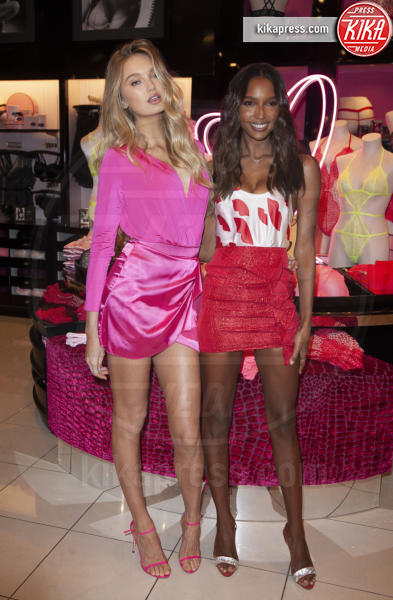 Romee Strijd, Jasmine Tookes - Beverly Hills - 07-02-2019 - Gli Angeli di Victoria's Secret: cosa regalare a San Valentino?