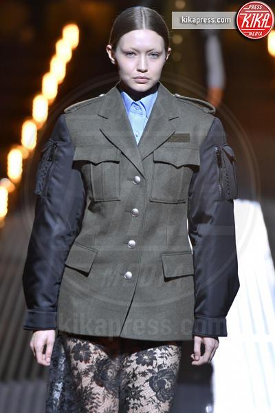 Gigi Hadid, Modella - Milano - 21-02-2019 - Milano Fashion Week: la sfilata di Prada