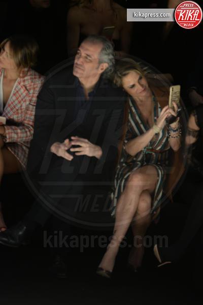 Giovanni Terzi, Simona Ventura - Milano - 23-02-2019 - Simona Ventura e Giovanni Terzi, due piccioncini in prima fila