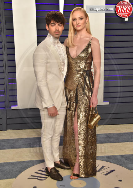Sophie Turner, Joe Jonas - Beverly Hills - 24-02-2019 - Fiocco di... spade! Incinta la star di Game of Thrones