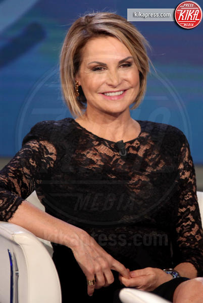 Simona Ventura - Roma - 26-02-2019 - Dalle stalle alle stelle: i lavori umili delle star