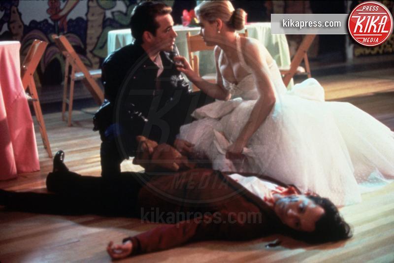 Kristy Swanson, Luke Perry - Hollywood - 01-06-1992 -  Luke Perry, ecco a quanto ammonta l'eredità per i figli