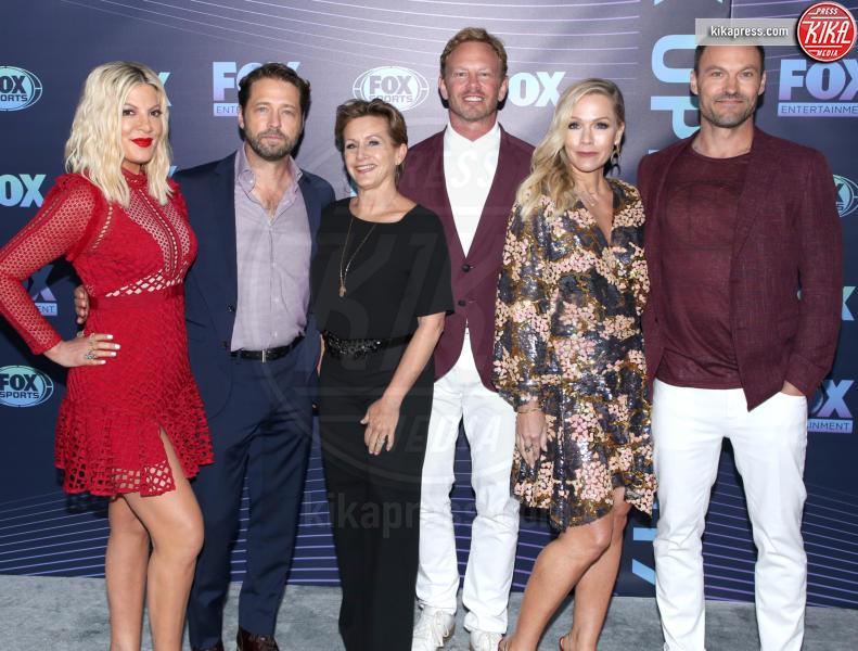 Gabrielle Carteris, Ian Ziering, Tori Spelling, Jason Priestley - New York - 13-05-2019 - Beverly Hills, i protagonisti ieri e oggi, la data italiana