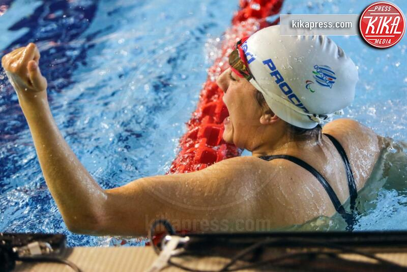 Angela Procida - Napoli - Un incidente non l'ha fermata. Angela sogna i Mondiali di nuoto