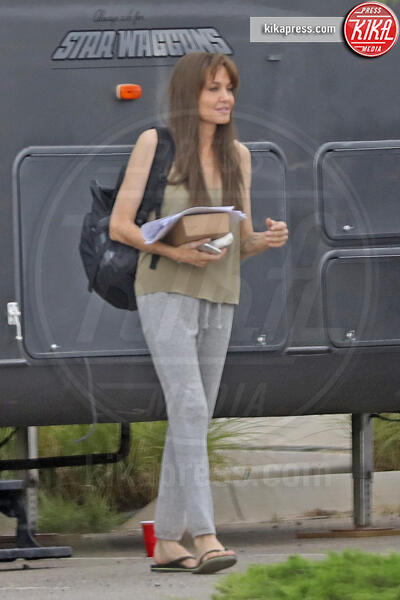 Angelina Jolie - Albuquerque - 24-07-2015 - Angelina Jolie affitta la casa di Breaking Bad. Ecco perché