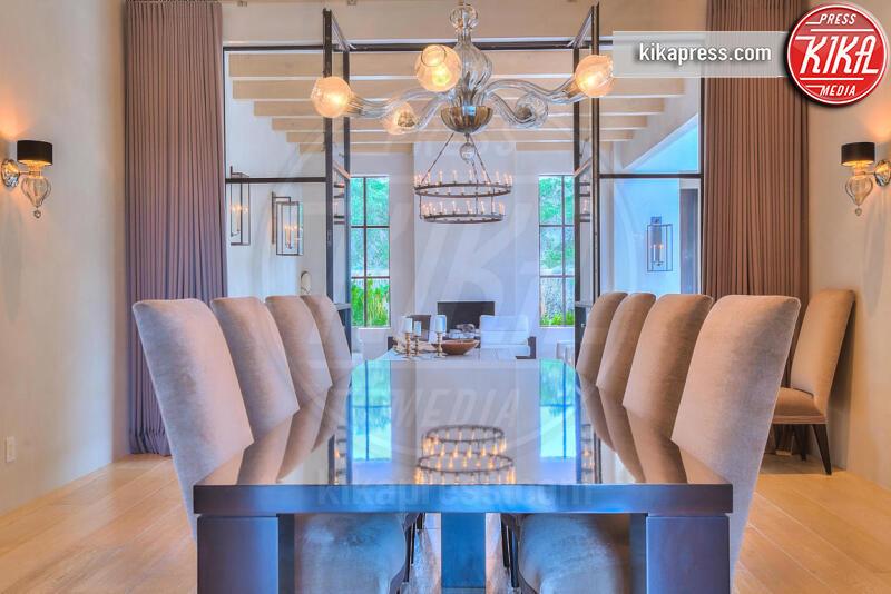 Villa Breaking Bad - Albuquerque - 24-07-2015 - Angelina Jolie affitta la casa di Breaking Bad. Ecco perché