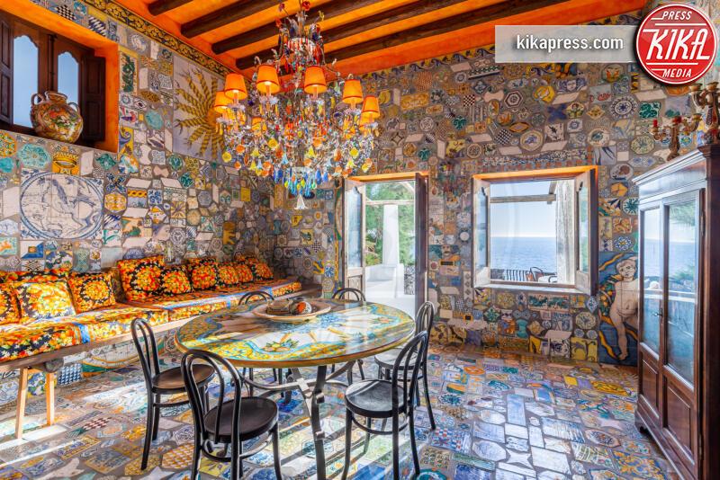 Villa Dolce e Gabbana - 06-06-2019 - Dolce e Gabbana vendono la splendida villa di Stromboli