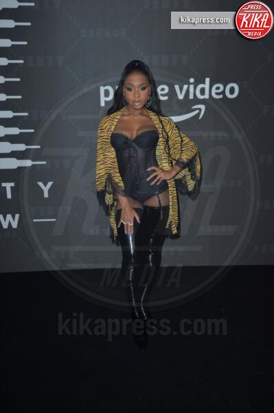 Normani - New York - 10-09-2019 - Vanessa Hudgens, sotto il vestito niente al Fenty Event