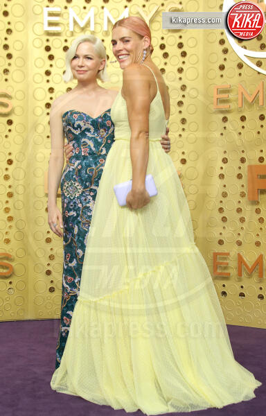 Michelle Wiliams, Busy Phillips - Los Angeles - 22-09-2019 - Emmy 2019: trionfano Fleabag, Game of Thrones e Chernobyl