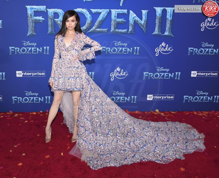 Sofia Carson - Hollywood - 08-11-2019 - Frozen 2, l'adorabile abbinamento delle sorelle Gomez