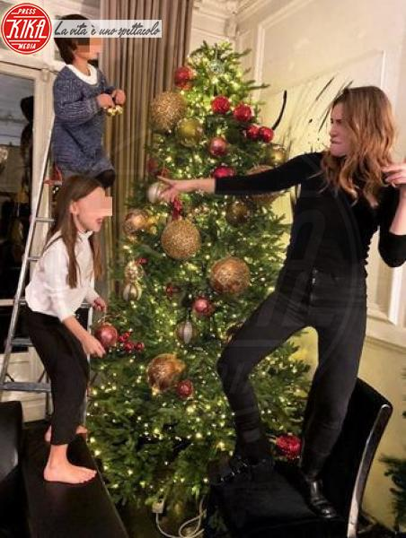 Claudia Galanti - Hollywood - 09-12-2019 - Natale 2019, gli alberi delle star? Vic Beckham la più originale