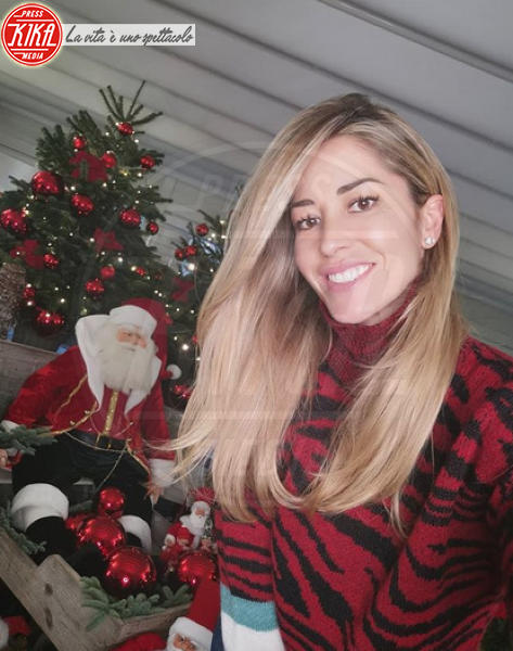 Elena Santarelli - Hollywood - 09-12-2019 - Natale 2019, gli alberi delle star? Vic Beckham la più originale