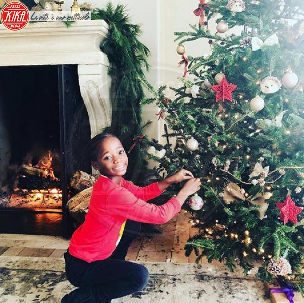 Esther Ciccone, Madonna - Hollywood - 09-12-2019 - Natale 2019, gli alberi delle star? Vic Beckham la più originale