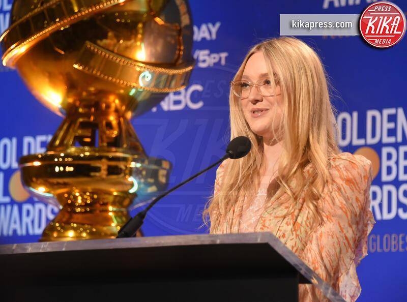 Dakota Fanning - Beverly Hills - 09-12-2019 - Golden Globes 2020: alle nomination trionfo The Crown e Scorsese