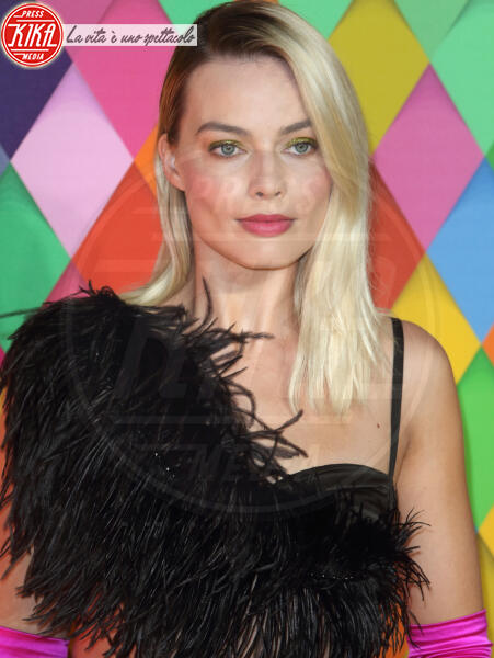 Margot Robbie - Londra - 29-01-2020 - Birds of Prey: Margot Robbie in Chanel è di nuovo Harley Quinn