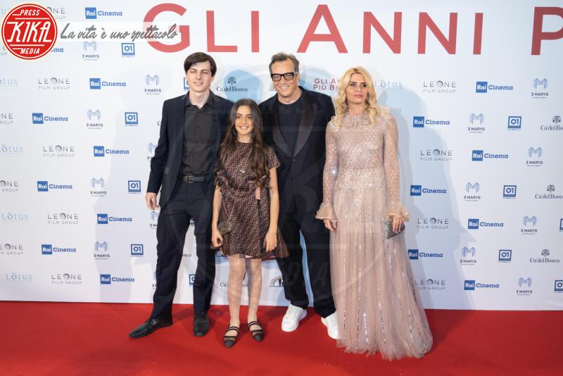 Penelope Mucc, Ilan Muccino, Angelica Russo, Gabriele Muccino - Roma - 04-02-2020 - Gli anni più belli: le star sul red carpet