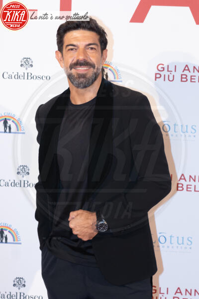 Pierfrancesco Favino - Roma - 04-02-2020 - Gli anni più belli: le star sul red carpet