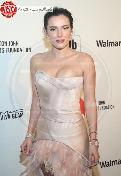 Bella Thorne - Los Angeles - 09-02-2020 - Oscar, Nina Senicar neomamma in forma al party di Elton John