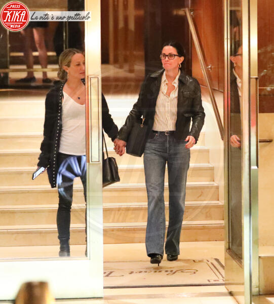 Jennifer Meyer, Courteney Cox - Beverly Hills - 11-02-2020 - Jennifer Aniston compie 51 anni,reunion con l'amica Courtney Cox
