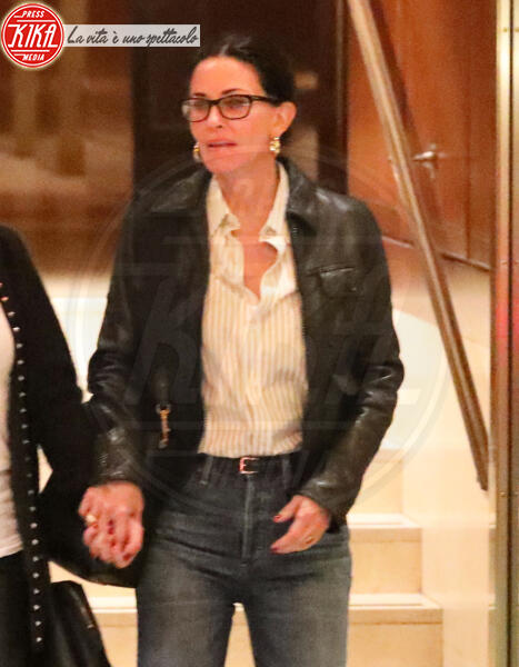 Courteney Cox - Beverly Hills - 11-02-2020 - Jennifer Aniston compie 51 anni,reunion con l'amica Courtney Cox