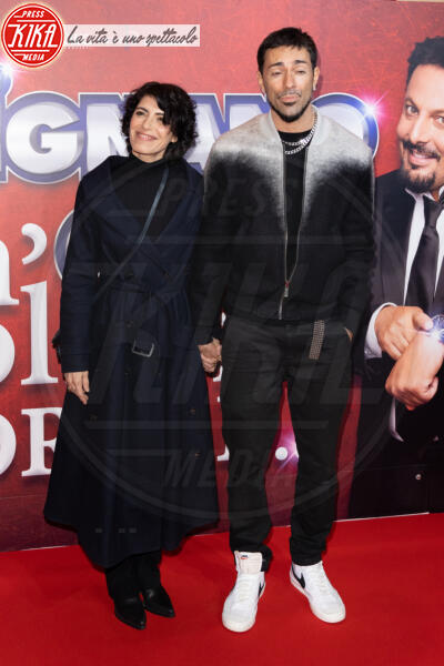 Emanuel Lo, Giorgia - Roma - 13-02-2020 - Elena Santarelli e Bernardo Corradi a teatro per Enrico Brignano