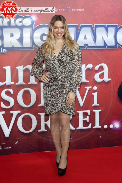 Carolina Rey - Roma - 13-02-2020 - Elena Santarelli e Bernardo Corradi a teatro per Enrico Brignano