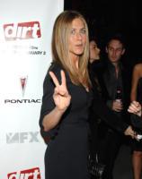 Jennifer Aniston - Hollywood - 09-12-2006 - Jennifer Aniston ha fondato la propria casa di produzione, la Echo Films