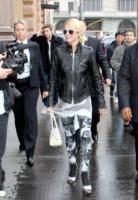 Paris Hilton - Mosca - 21-04-2008 - Paris Hilton cerca un nuovo amico con un reality show
