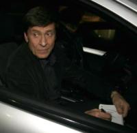 Gianni Morandi - Sanremo - 28-02-2008 - Anche Morandi segue Radio Maria