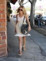 Sienna Miller - Los Angeles - 28-03-2008 - Sienna Miller e' di nuovo single