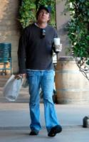 Dennis Quaid - Brentwood - 16-01-2008 - Dennis Quaid si schiera contro le case farmaceutiche