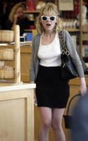 Kirsten Dunst - Beverly Hills - 06-04-2007 - Kirsten Dunst di nuovo ubriaca appena fuori dalla rehab