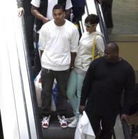 Chris Brown, Rihanna - Beverly Hills - 02-06-2008 - Un regalo da 100.000 dollari per Rihanna