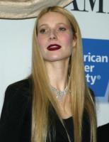 Gwyneth Paltrow - New York - 15-02-2007 - Ecco i segreti della bellezza di Gwyneth Paltrow