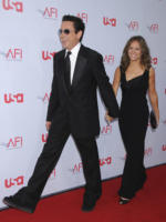 Robert Downey Jr - Hollywood - Robert Downey Jr. brillera' tra le stelle della Walk of Fame