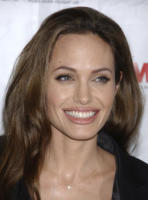 Angelina Jolie - Beverly Hills - 24-06-2008 - Angelina Jolie a dieta ferrea per Venezia