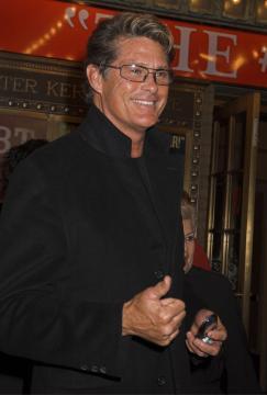 David Hasselhoff - New York - 31-03-2005 - TV – USA: ordine a Hassellhoff (Baywatch), lontano da moglie