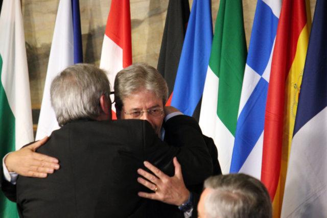 abbraccio_trattati-di_roma